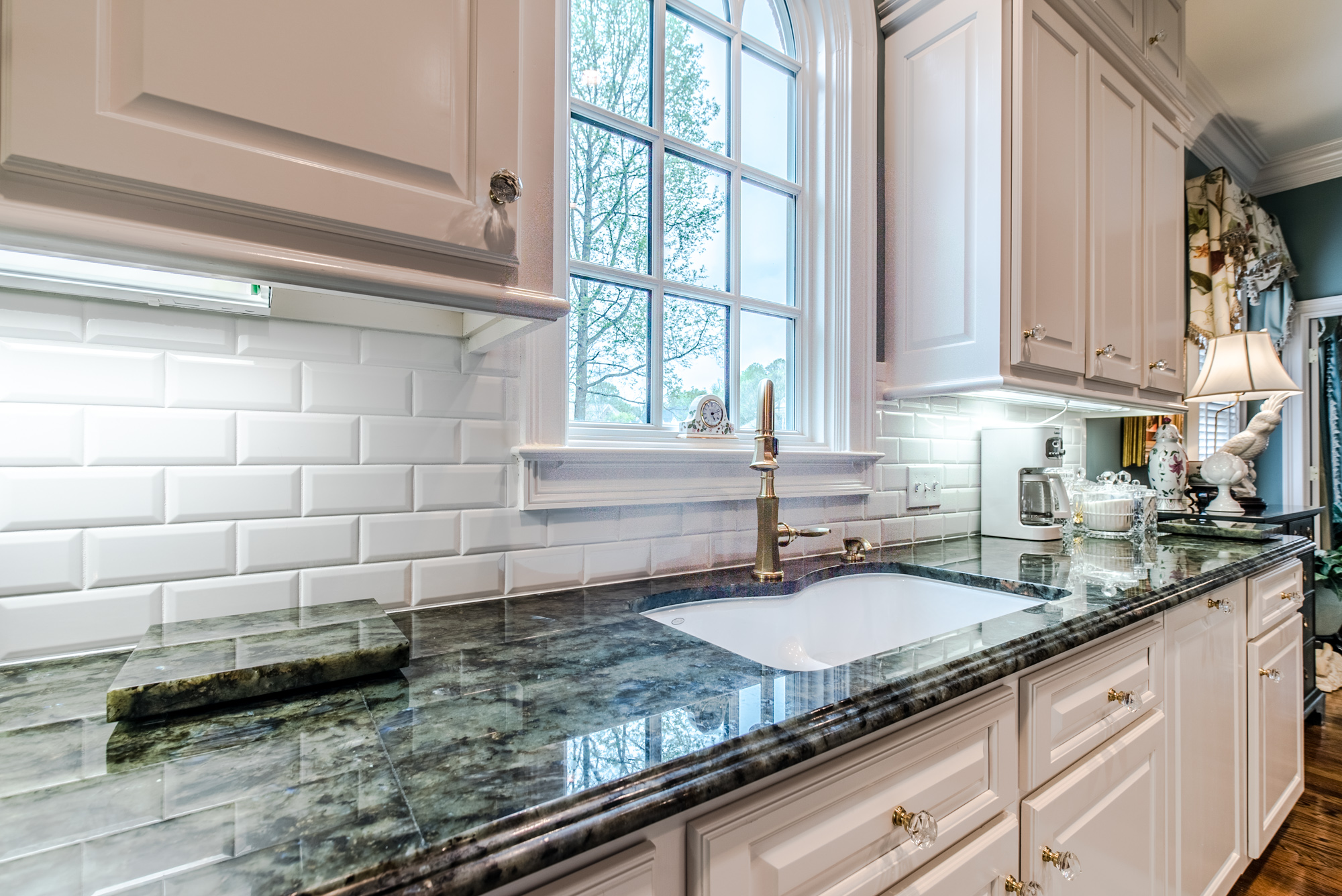 Subway tile backsplash with white subway tiles at East Coast Granite of Charlotte
