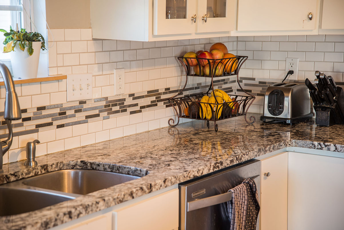 Kitchen granite image galleries for inspiration lennco granite kitchen countertops with subway and glass tile backsplash dailygadgetfo Gallery