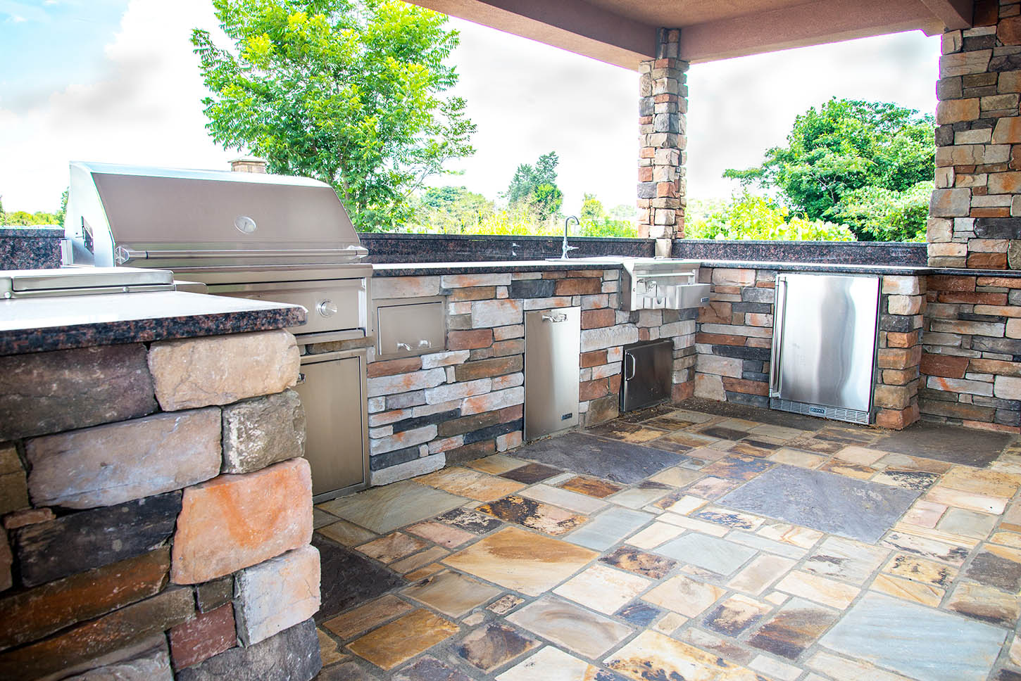 Covered outdoor kitchen with the amenities of an indoor kitchen